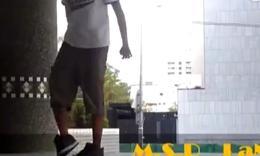 鬼步舞☆鬼步舞旋转教学视频 一群学生跳鬼步舞 最火的鬼步舞曲 世界十