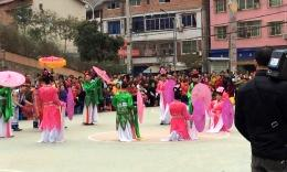 活龙广场舞