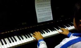 钢琴练习,四只小天鹅(部分)_20150324_XFEI