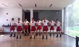 上海阿英广场舞 小苹果 演示:小苹果姐妹们 2015年2月2日