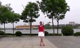 绿茶轻舞队广场舞  小辣椒