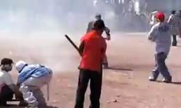 屌爆了!墨西哥人自制的锤子炸弹威力真大