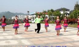 千岛湖临岐建红广场舞众乐版《雨中的旋律》编舞:玉儿